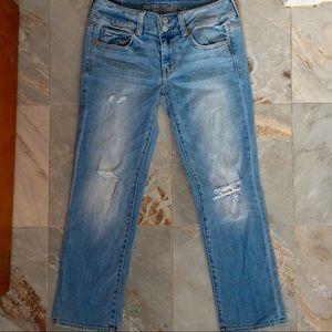 American Eagle distress artist crop stretch jeans